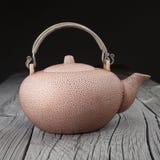 老中国茶壶 免版税库存照片