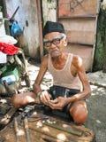 老人在Moni弗洛勒斯印度尼西亚 免版税库存图片