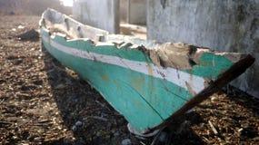 老传统木小船 库存图片