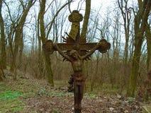 老伪造的十字架和犹太标志 库存图片