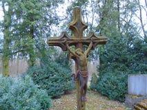 老伪造的十字架和犹太标志 库存照片