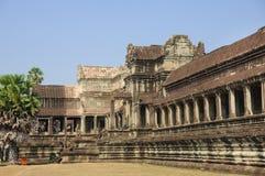 老佛教徒建筑学在吴哥考古学公园 柬埔寨-暹粒的纪念碑 普遍的电影风景 免版税图库摄影