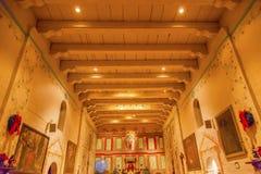 老使命圣诞老人Ines Solvang加利福尼亚大教堂法坛十字架 图库摄影