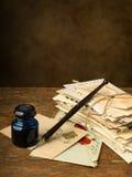 老信件和拷贝空间 免版税库存图片