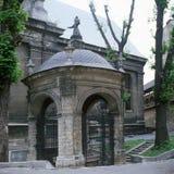 老修道院在利沃夫州伯纳迪诺 图库摄影