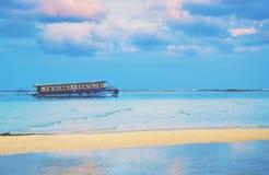 老公开轮渡在马尔代夫 免版税库存照片