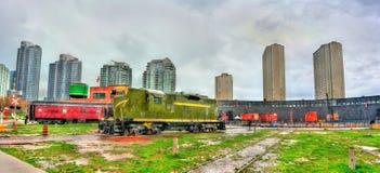 老内燃机车在圆形机车库公园,多伦多 库存照片
