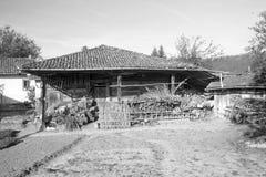 老农舍。 免版税库存照片