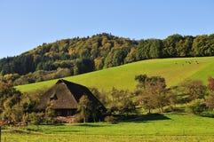 老农舍在黑森林,德国,格洛特尔塔尔 免版税库存图片