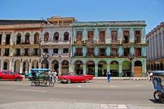 老减速火箭的汽车在哈瓦那,古巴 库存图片