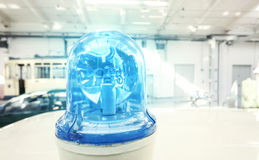 老减速火箭的蓝色警察点燃 库存图片