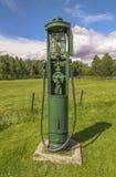 老加油泵 库存照片