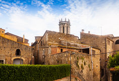 老加泰罗尼亚的村庄看法。La Pera 免版税图库摄影