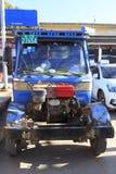 老卡车在沙溪中国 库存照片