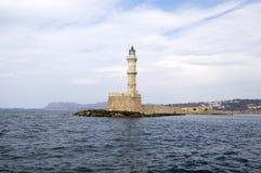老历史的灯塔在海 库存照片