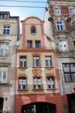 老历史廉价公寓在弗罗茨瓦夫,波兰-12 09 2016年 免版税库存照片