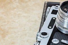 老古典照相机细节在葡萄酒样式特写镜头的 免版税库存图片