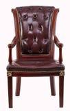 老古色古香的棕色/红色皮革翼扶手椅子第十八和19世纪 免版税库存图片
