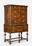 老古色古香的欧洲梳妆台或五斗橱 免版税库存图片