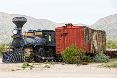 老古色古香的蒸汽机车 免版税库存图片