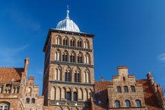 老吕贝克镇的北部哥特式城市门 库存照片