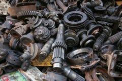 老和使用的机器零件 库存照片