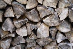 老和干燥堆木柴 免版税库存图片