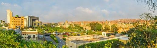 老和新的开罗 免版税库存图片