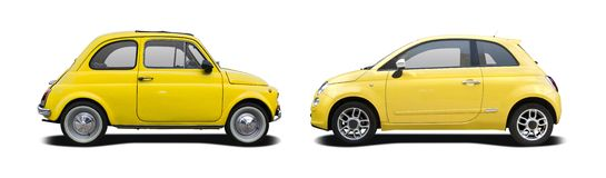 老和新的黄色菲亚特500 库存照片