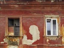 老和新窗口 免版税库存照片