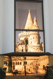 老和现代建筑学在布达佩斯 免版税库存照片