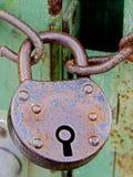 老和生锈的挂锁#1 库存图片