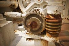 老和生锈的齿轮 免版税图库摄影