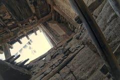 老和被放弃的莱赫宫殿从里边 库存图片