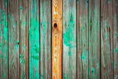 老和被风化的木墙壁背景 图库摄影
