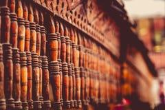 老和退色的木头 免版税库存照片