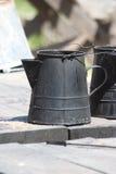 老咖啡水壶 库存照片