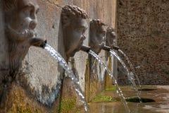 老喷泉 免版税图库摄影