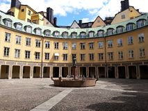 老回合历史hibuilding在欧洲城市,斯德哥尔摩,瑞典 库存照片