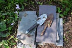 老园艺工具在新罕布什尔 图库摄影