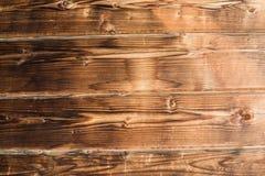老土气木背景,水平棕色木的纹理 免版税库存照片