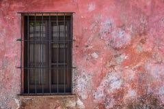 老土气窗口,旅行的科洛尼亚省乌拉圭 3d美国美好的尺寸形象例证南三非常 库存图片