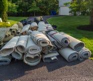 老地毯卷 免版税库存照片