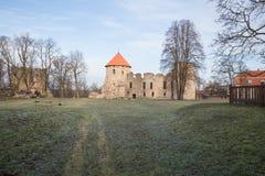 老城堡在Cesis,拉脱维亚 编译有历史 免版税库存照片