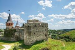 老城堡在Kamianets-Podilskyi 免版税库存图片