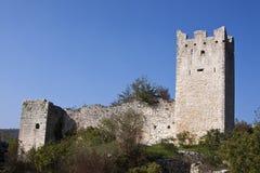 老城堡废墟 免版税库存照片