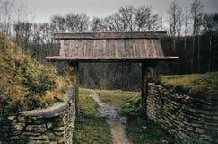 老城堡石墙  库存照片