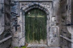 老城堡破坏门背景 免版税图库摄影