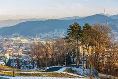 老城市在冬天 库存照片