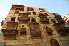 老城市在吉达,叫作`历史吉达`的沙特阿拉伯 老和遗产大厦和路在吉达 达成协议阿拉伯半岛地区夹子上色了海拔greyed包括映射路径替补沙特被遮蔽的状态周围的领土 免版税库存图片